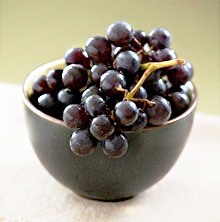 изабелла виноград черный
