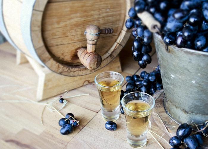 Как сделать виноградную чачу
